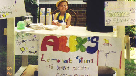 la-dd-alexs-lemonade-benefiting-childhood-canc-001
